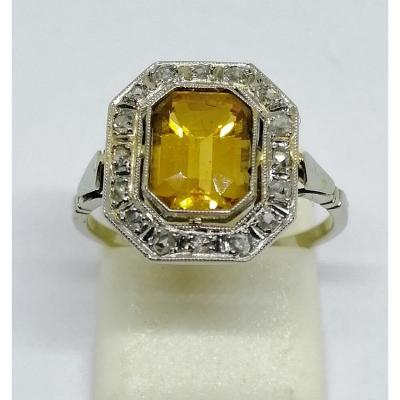 White Gold Ring With Citrine And Diamonds.