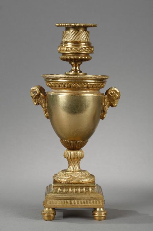 Elégants Bougeoirs-cassolettes Réversibles En Bronze Doré-photo-2