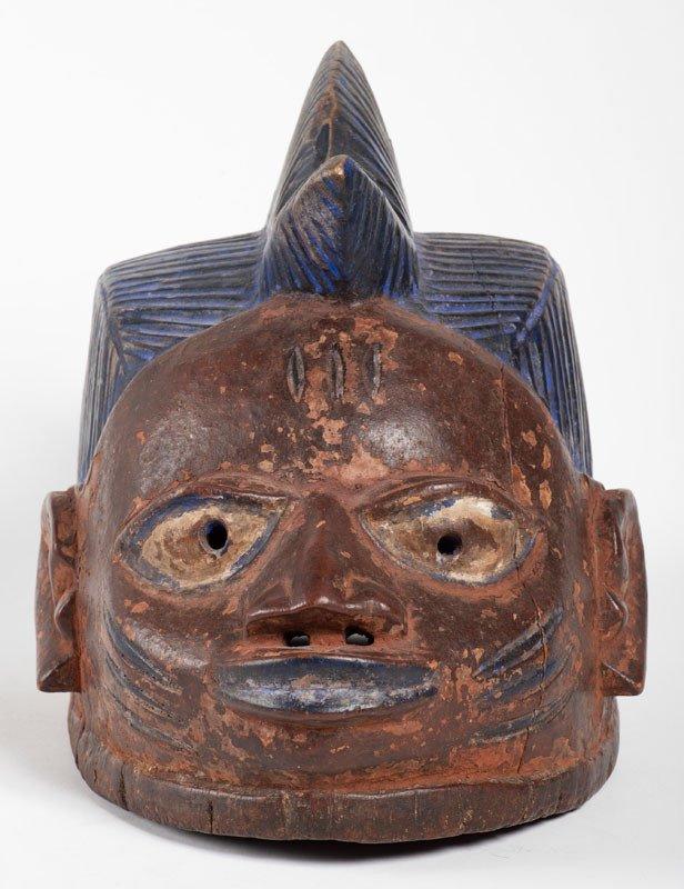 Culture Yoruba Nigéria - Masque en bois et pigments blanc et bleu-photo-2