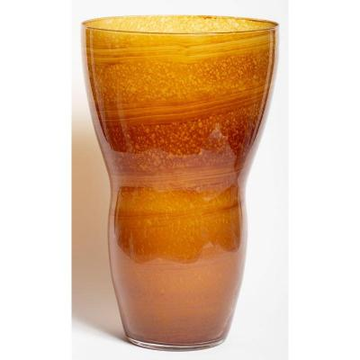Grand vase cornet en verre orange - Ecole du Nord