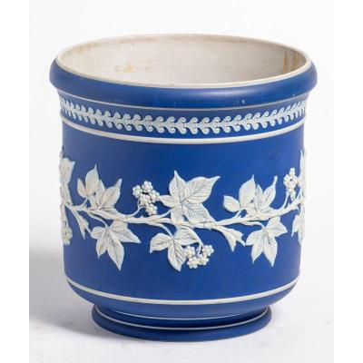 Wedgwood Bottle Refresher With Berries Frieze Decor - 19th Century