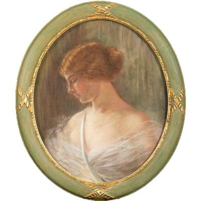 Pastel By Yvonne De Fraysseix From 1917 - Portrait Of A Woman In Profile