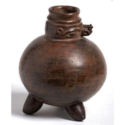 Culture Tairona - Vase Tripode Anthropomorphe et Zoomorphe - Colombie, 800-1200 ap JC