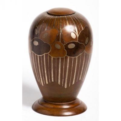 Dericemo c. 1930 - Vase urne ovoïde couvert en métal estampé