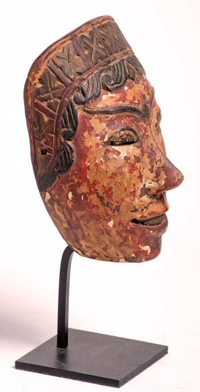 Masque de Wayang Topeng en bois polychrome – Indonésie, fin 19e / début 20e siècle-photo-2