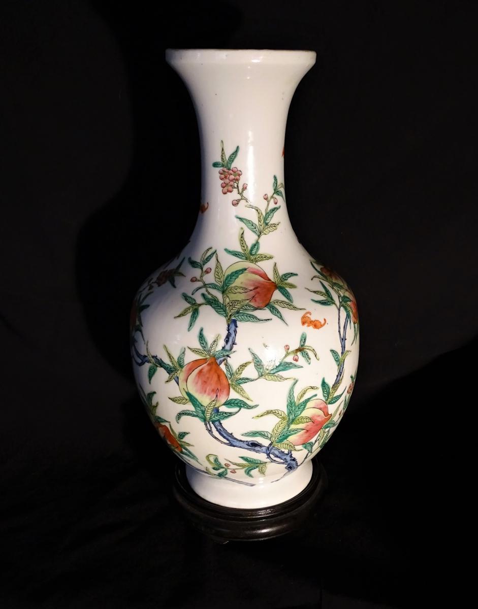Vase Porcelaine Chine Décor Pèches De Longévité Début XX