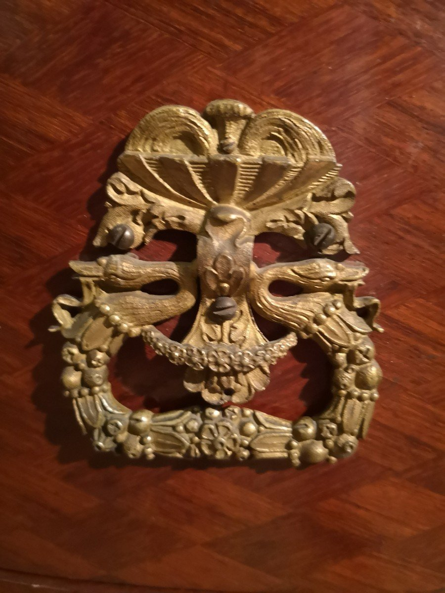 Commode, Demilune Aux Riches Applications En Bronze Doré-photo-4