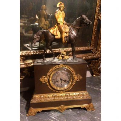 Pendule Représentant Napoléon Bonaparte, époque: Empire