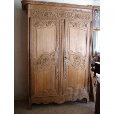 Armoire ancienne sur proantic louis xvi directoire for Porte normande
