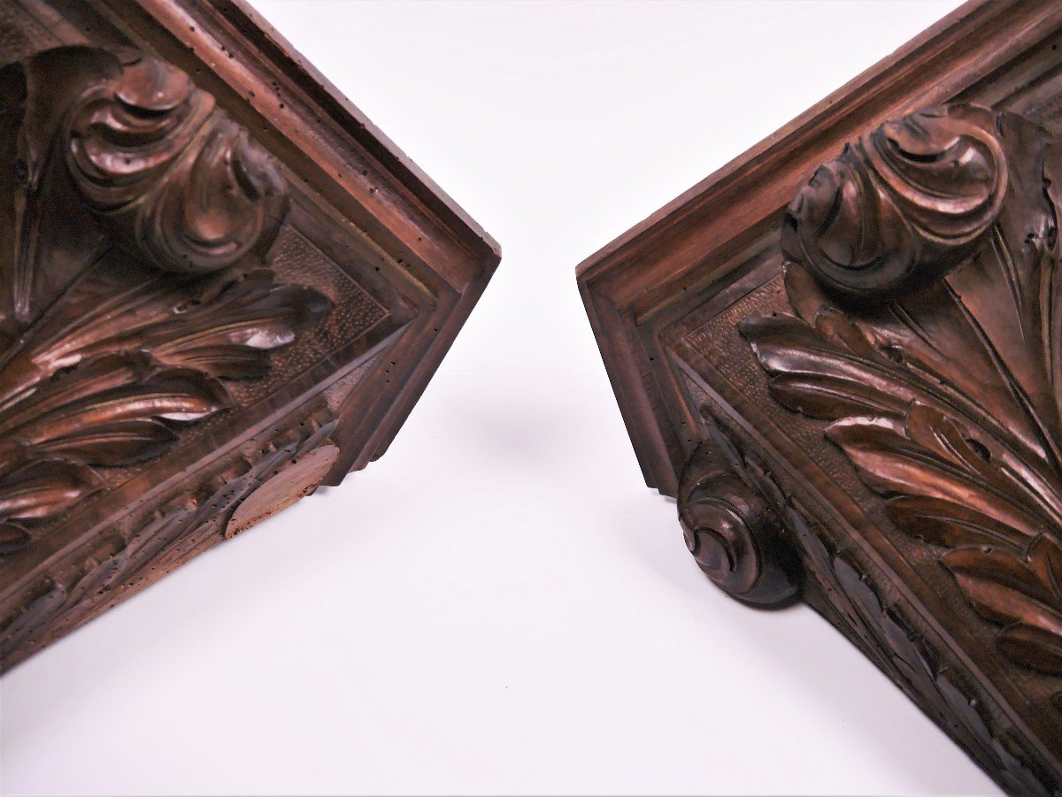 Paire De Consoles En Noyer Sculpté, XVIIIe, estampillées de Luthy-photo-1