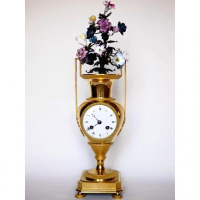 Pendule En Forme De Vase d'époque Directoire, XVIIIe