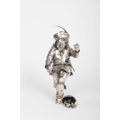 Sculpture Italienne en argent decoupé d'un nain ivre