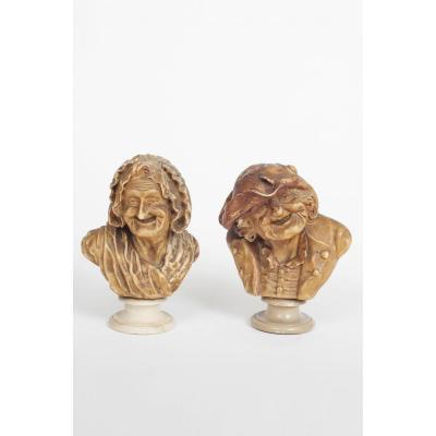 Paire De Bustes en cire d'un couple grotesque signée et daté