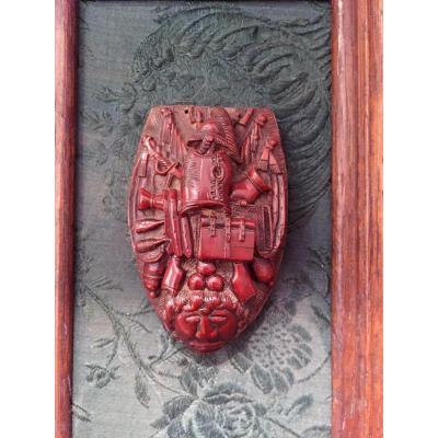 Noix De Corozo Sculptée