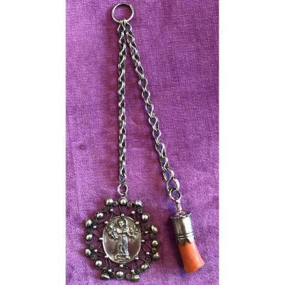 Médaille,fibule,argent,corail,XVIIème Siècle