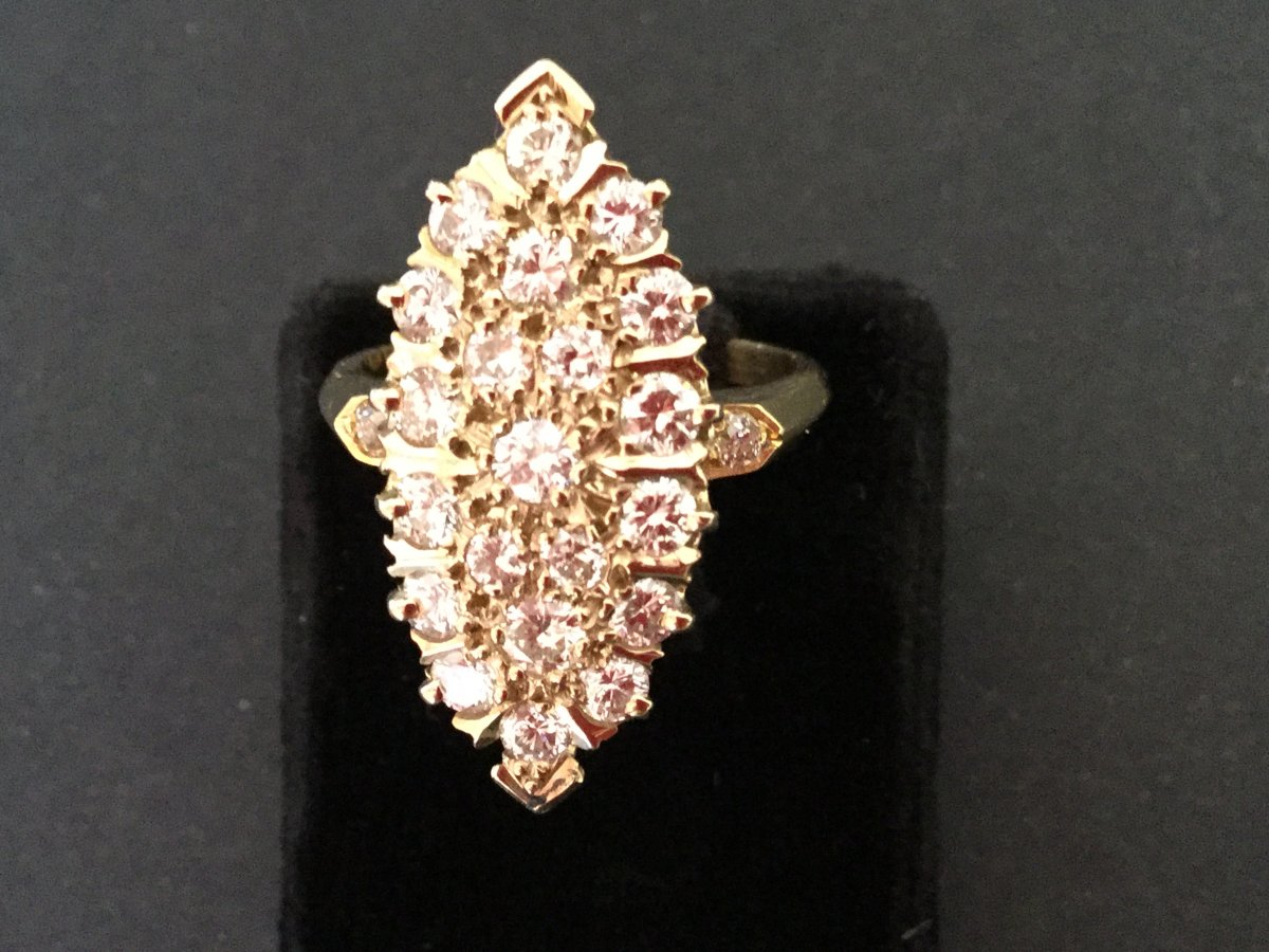Pompadour Diamonds Ring In Yellow Gold