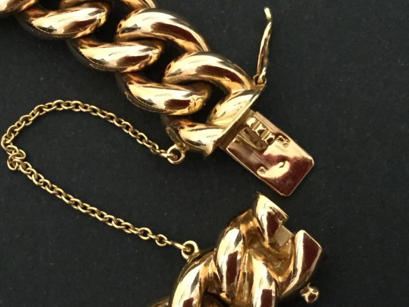 Massive Curb In Yellow Gold-photo-4