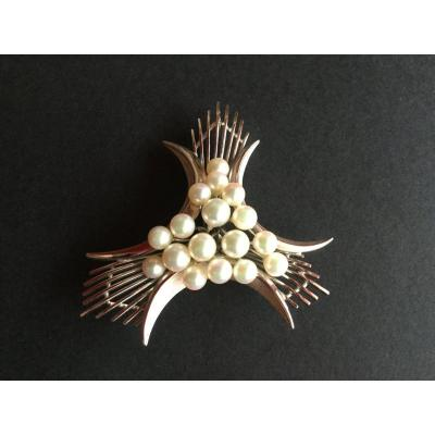 Cultured Pearl Pendant In Silver