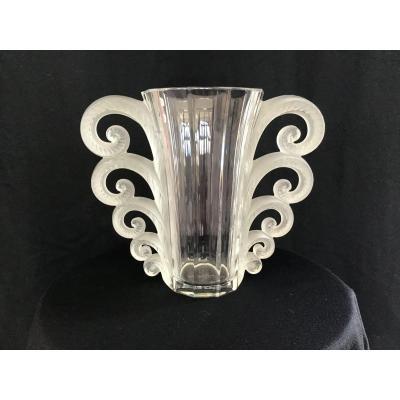 Vase Lalique Beauvais