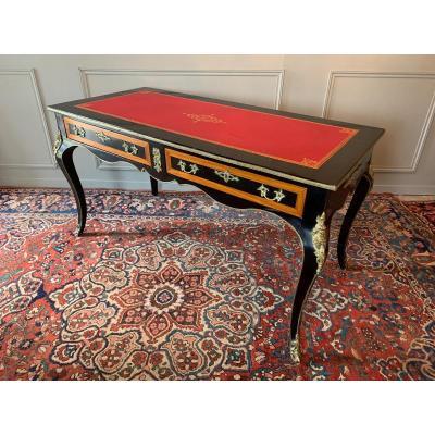 Bureau Plat De Style Louis XV.