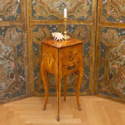 Petite Louis XV Marqueterie Table Chiffonière, 19e Siècle