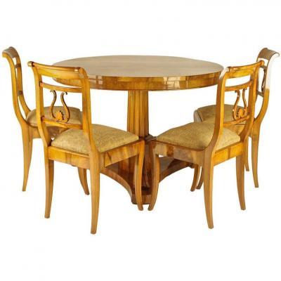 Table de Salle à Manger Biedermeier avec quatre chaises