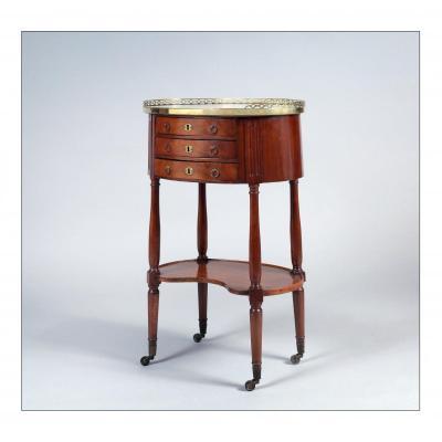 Table de salon écritoire, ou chiffonnière, époque Louis XVI, acajou et placage d'acajou. XVIIIe