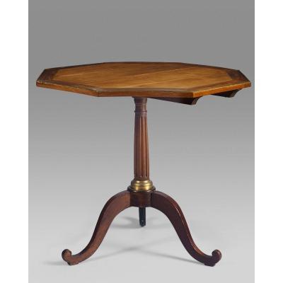 Table guéridon Louis XVI à plateau octogonal basculant