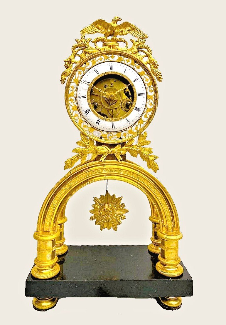Horloge Squelette Pendule  Louis XVI Vers 1790    H. 40 Cm, Br. 22 Cm, D. 10,5 Cm