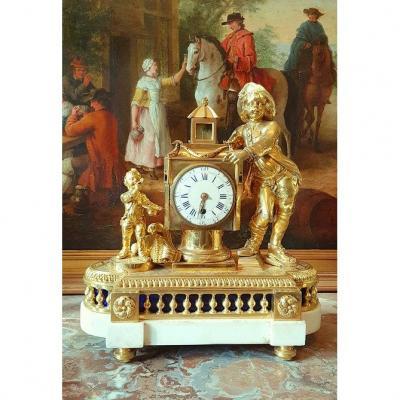 Pendule 'a Lanterne Magique   Louis XVI  Vers 1780.  H. 38 Cm