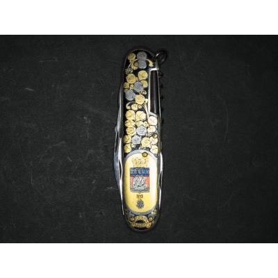 """Beautiful Pocket Folding Knife With """"weapons Of The City Of Paris""""."""