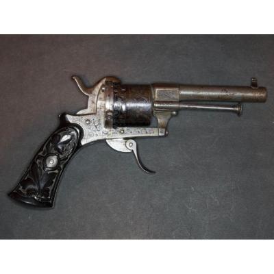 Revolver à Broche Système Lefaucheux, Six Coups, Calibre 7mm.