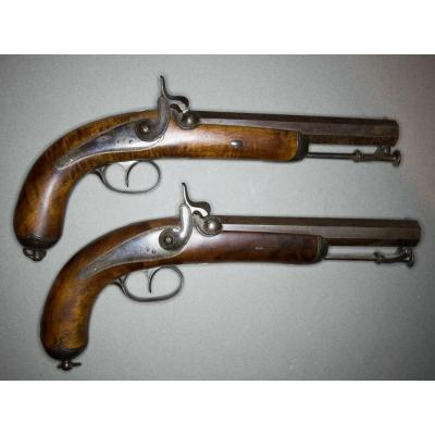 Pair Of Officer Percussion Pistols. Cannons With Damascus Pans Of Fort Caliber.