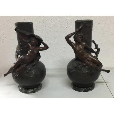 Pair Of Vases Regulated Sign