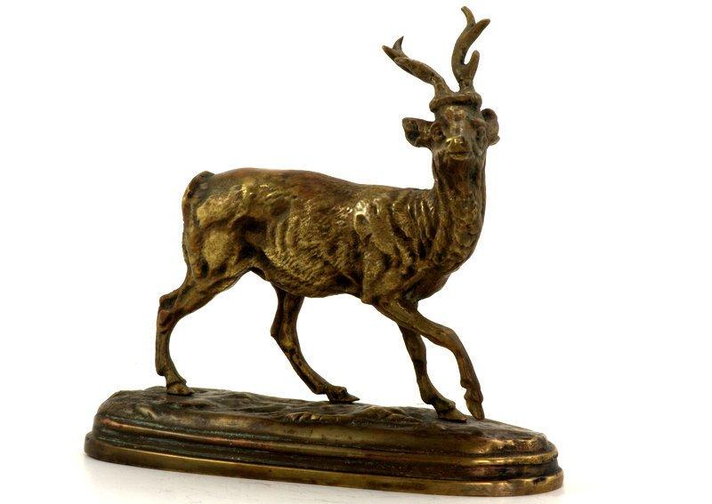 Bronze Animalier Représentant Un Petit Cervidé
