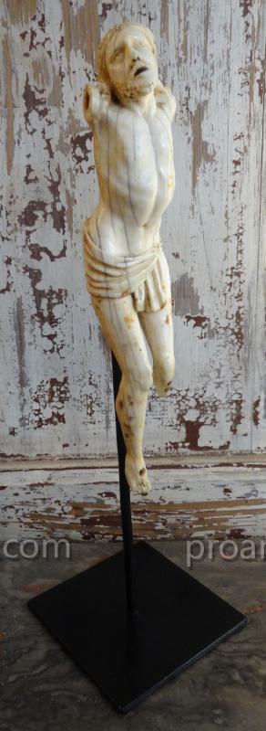 Christ En Ivoire XVII° Siècle