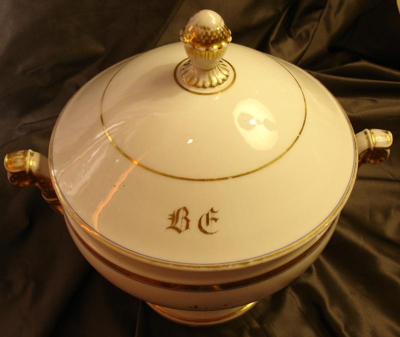 Round Porcelain Soup Tureen In Paris, XIX Siecle-photo-4