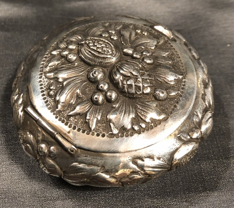 Round Box With Fruit Decoration In Sterling Silver