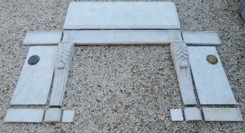 Empire Style Fireplace In Carrara Marble XIXth Century