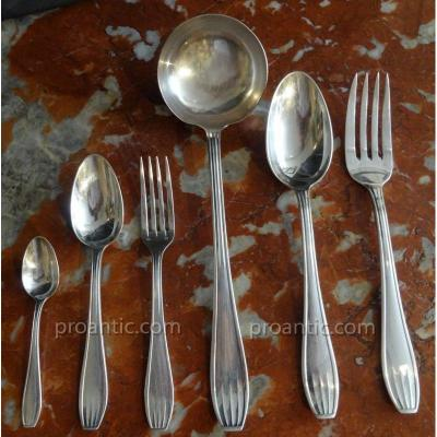Housekeeper Art-deco 39 Pieces Silver Metal