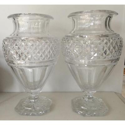 Paire De Vases Médicis  Cristal De Baccarat De Style Restauration