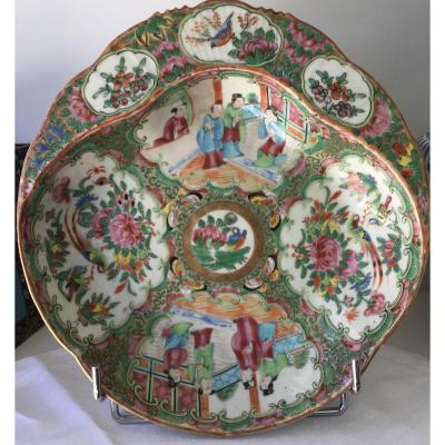 Canton China Porcelain Polychrome Polylobed Cup