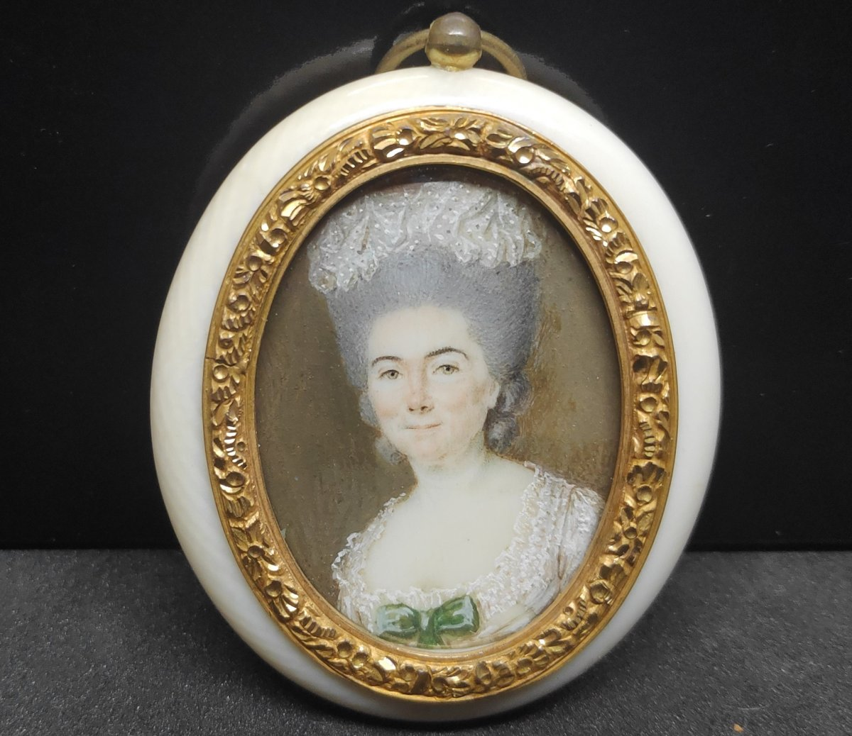 Miniature, Portrait Of A Woman End Of The 18th Century