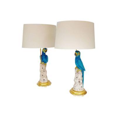 Paire de grandes lampes perroquets en faïence, circa 1970