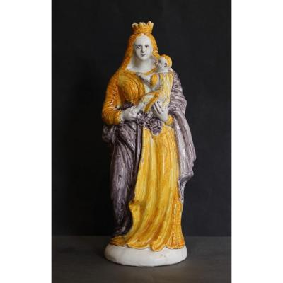 Nevers. Virgin Statuette.