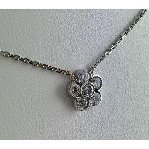 Collier Pendentif Fleur Or Blanc Et Diamants