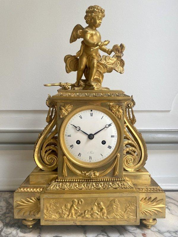 Pendule Directoire En Bronze Doré