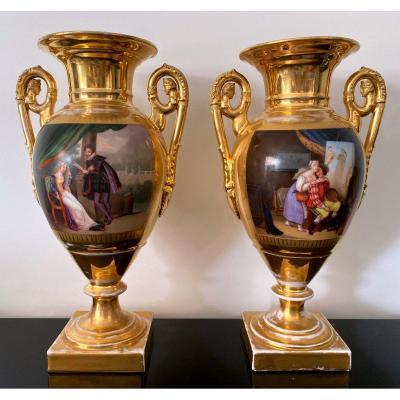Paire De Vases Médicis En Porcelaine De Paris