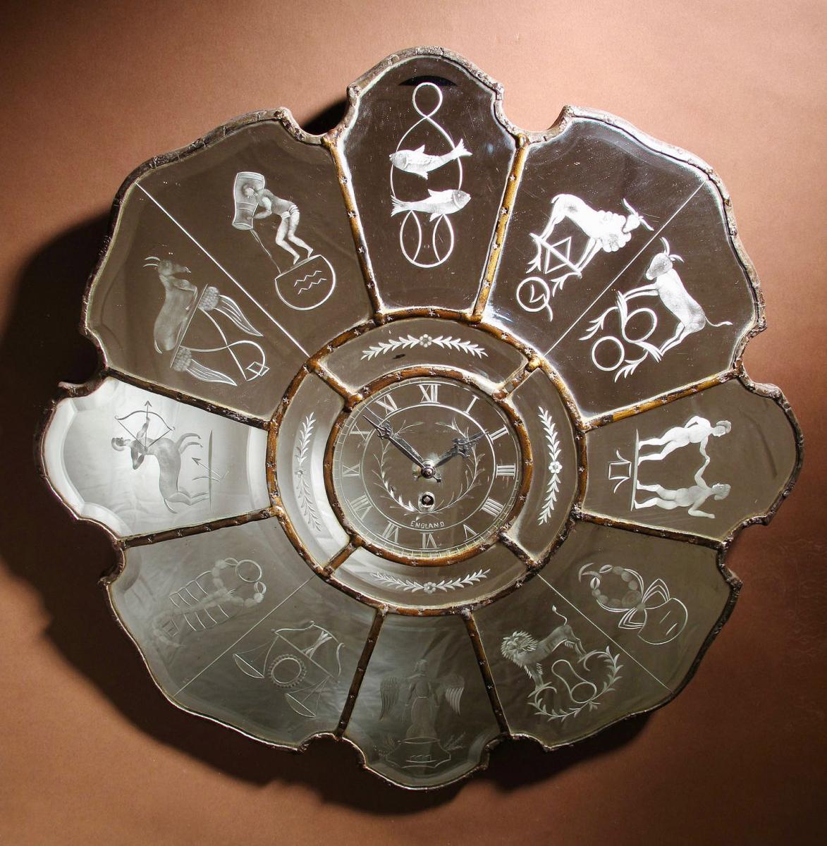 Une Horloge Murale à Miroir Art Déco 1920