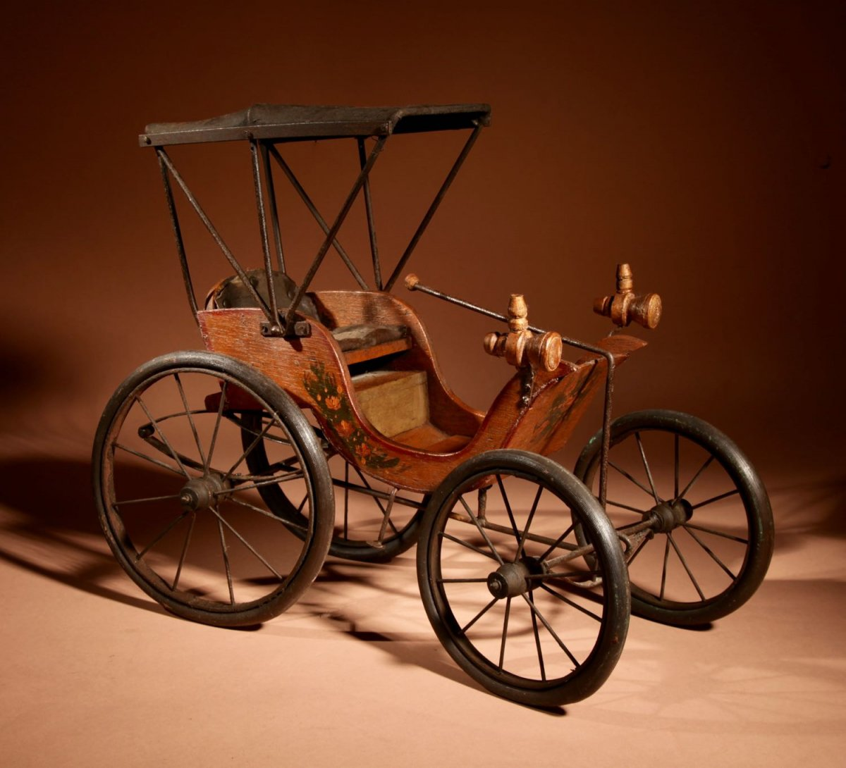 Car Model After The American Model Of Duryea Automobile 1893-94
